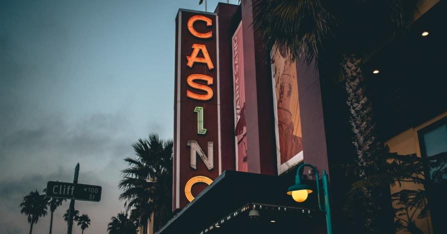 Cazinou online vs. Cazinou terestru - Cunoașteți avantajele