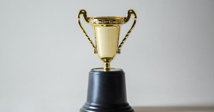 1xPariează în Premiile Running for Three EGR